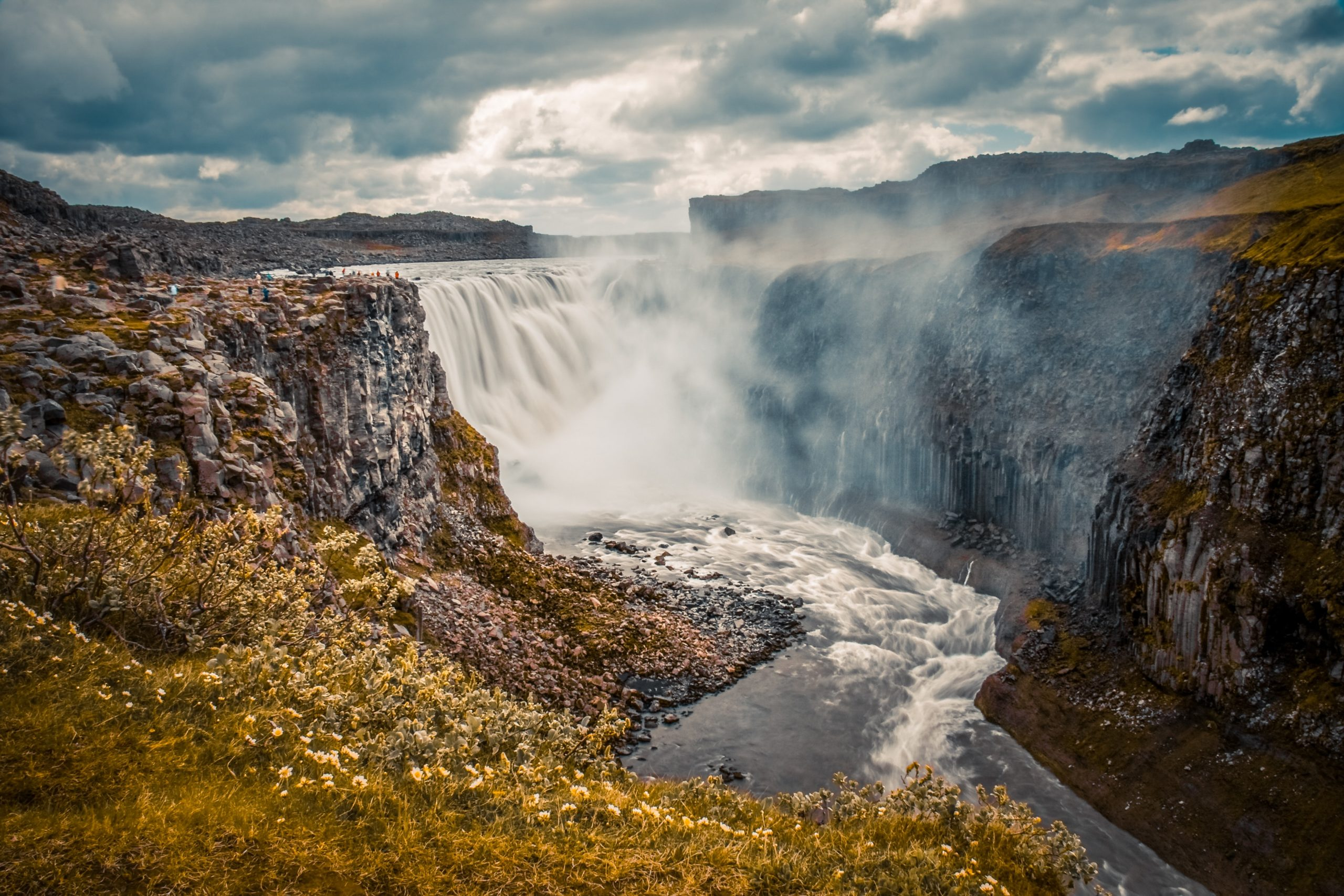 15 Best Things To Do in Iceland [with Suggested Tours]