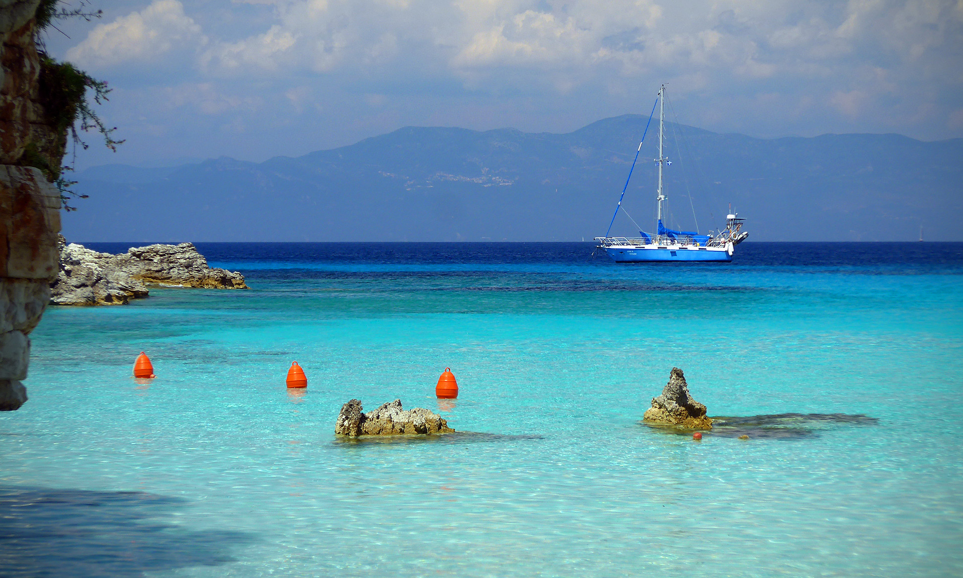 5 Best Things to do in Antipaxos, Greece