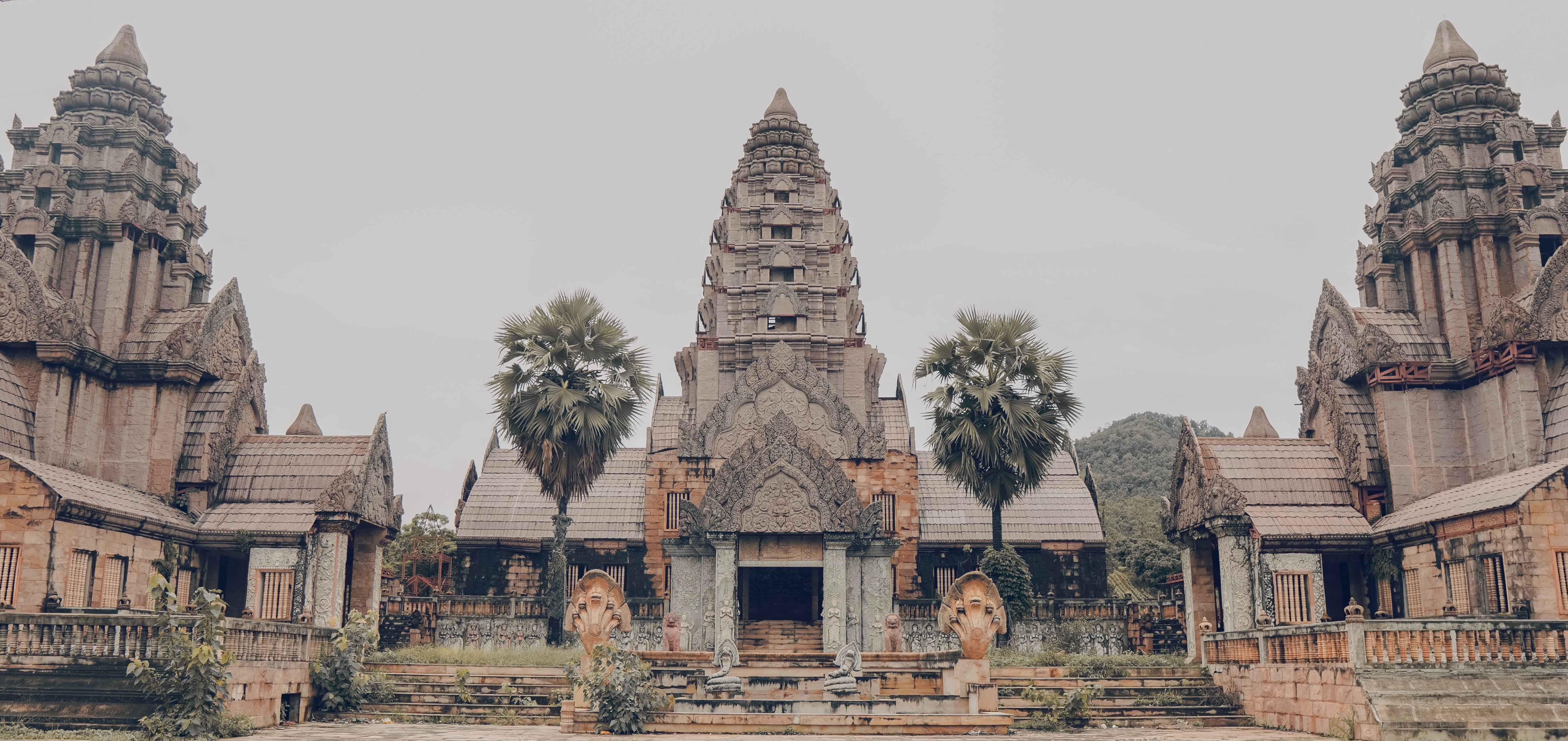 How to Travel by Land from Thailand to Laos (A Backpacker's Guide) 10