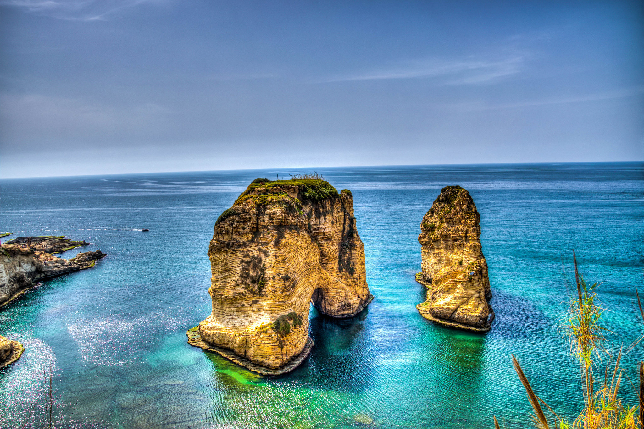 Travel Guide to Beirut, Lebanon [with Sample Itinerary]