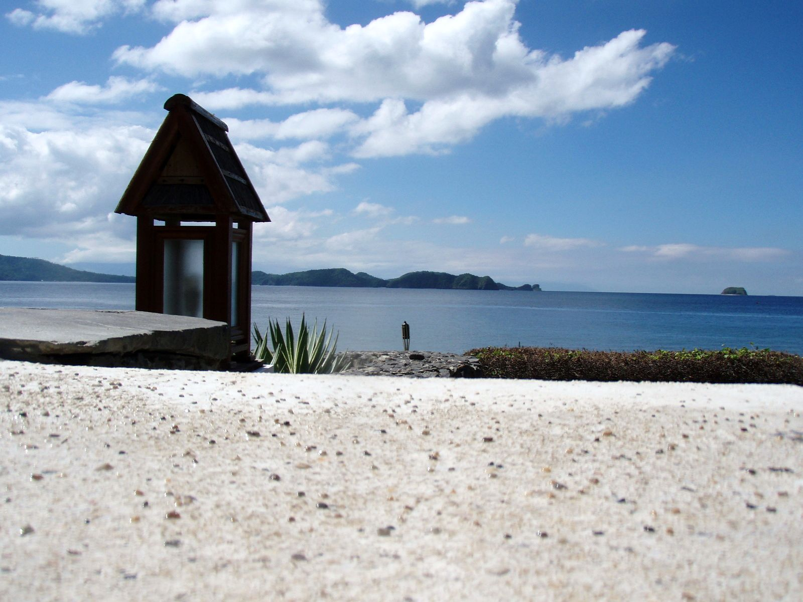 Travel Guide to Mabini, Batangas, Philippines (Mt. Gulugod Baboy & more)