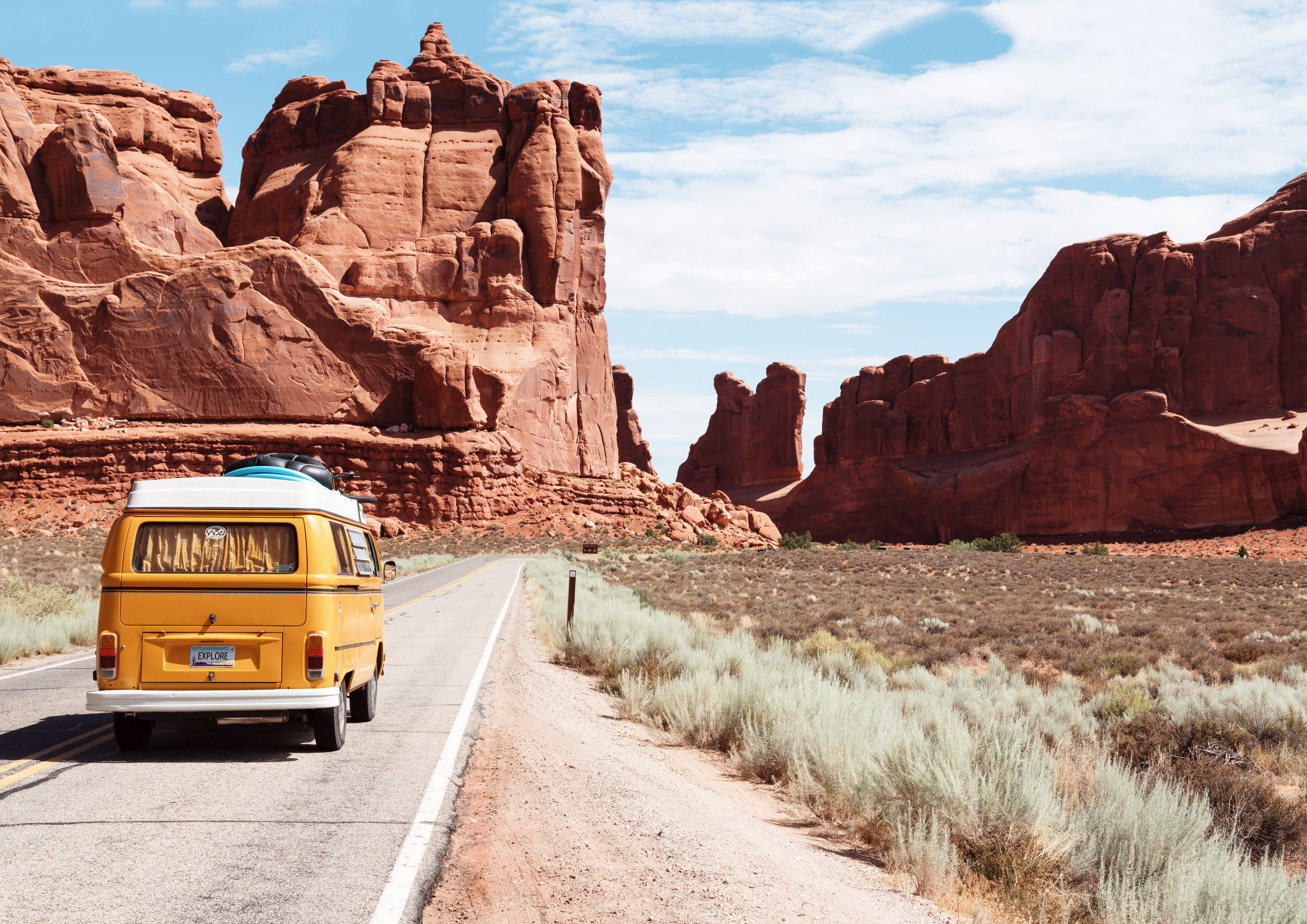 Tips to Avoid Accidents on a Road Trip