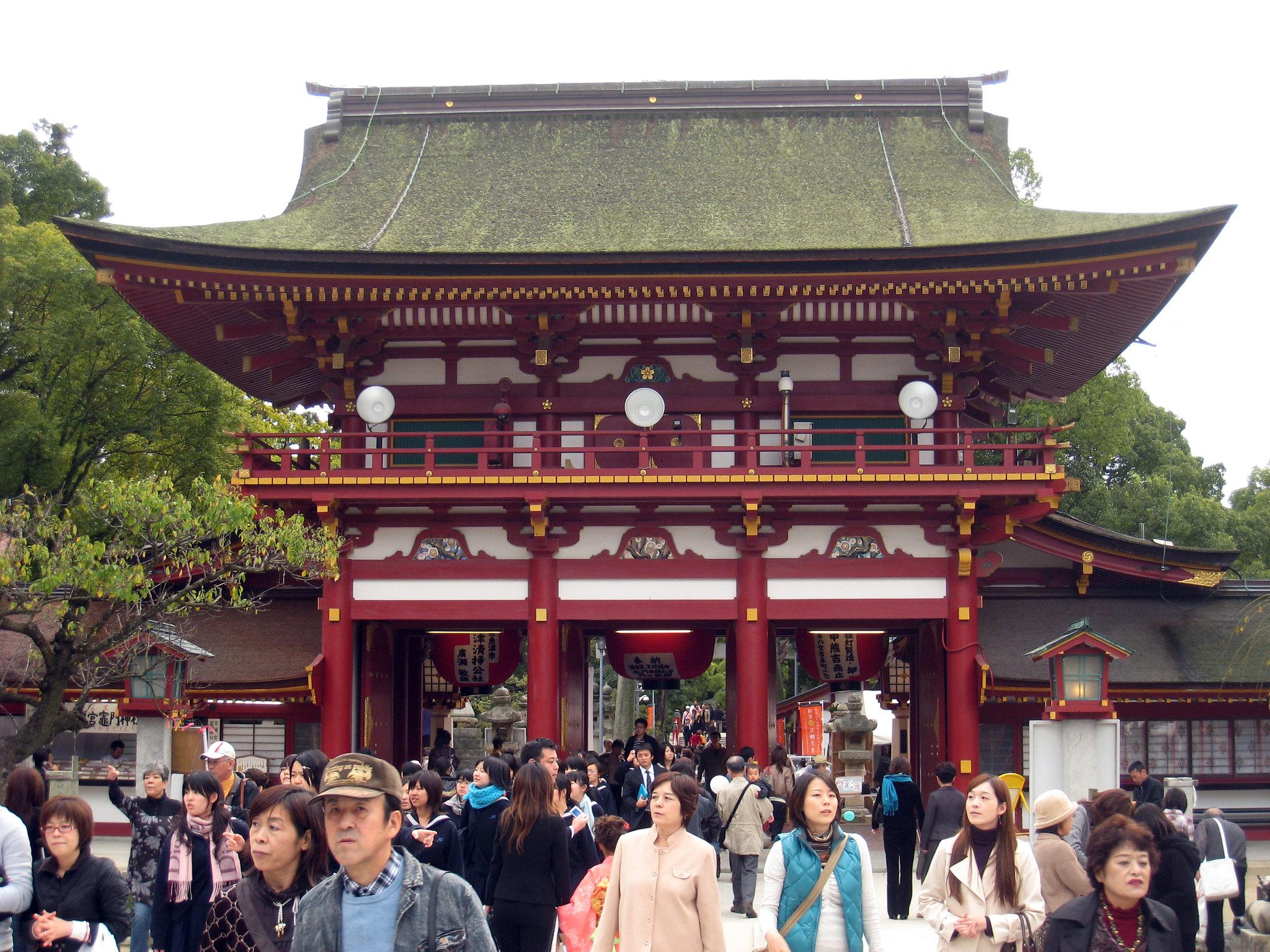 10 Things to do in Fukuoka, Japan 2