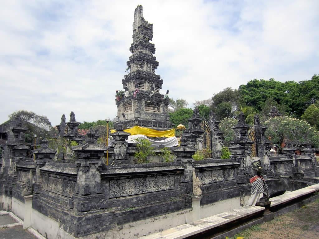 DIY Travel Guide to Denpasar, Bali, Indonesia 01