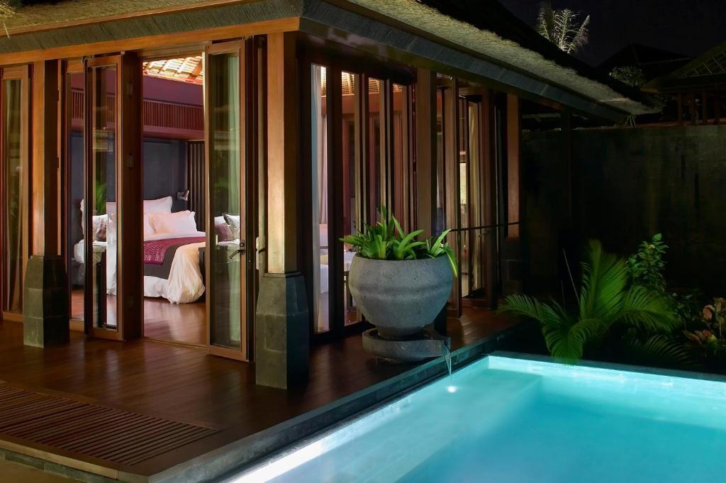 Hotels in Uluwatu, Bali, Indonesia 03