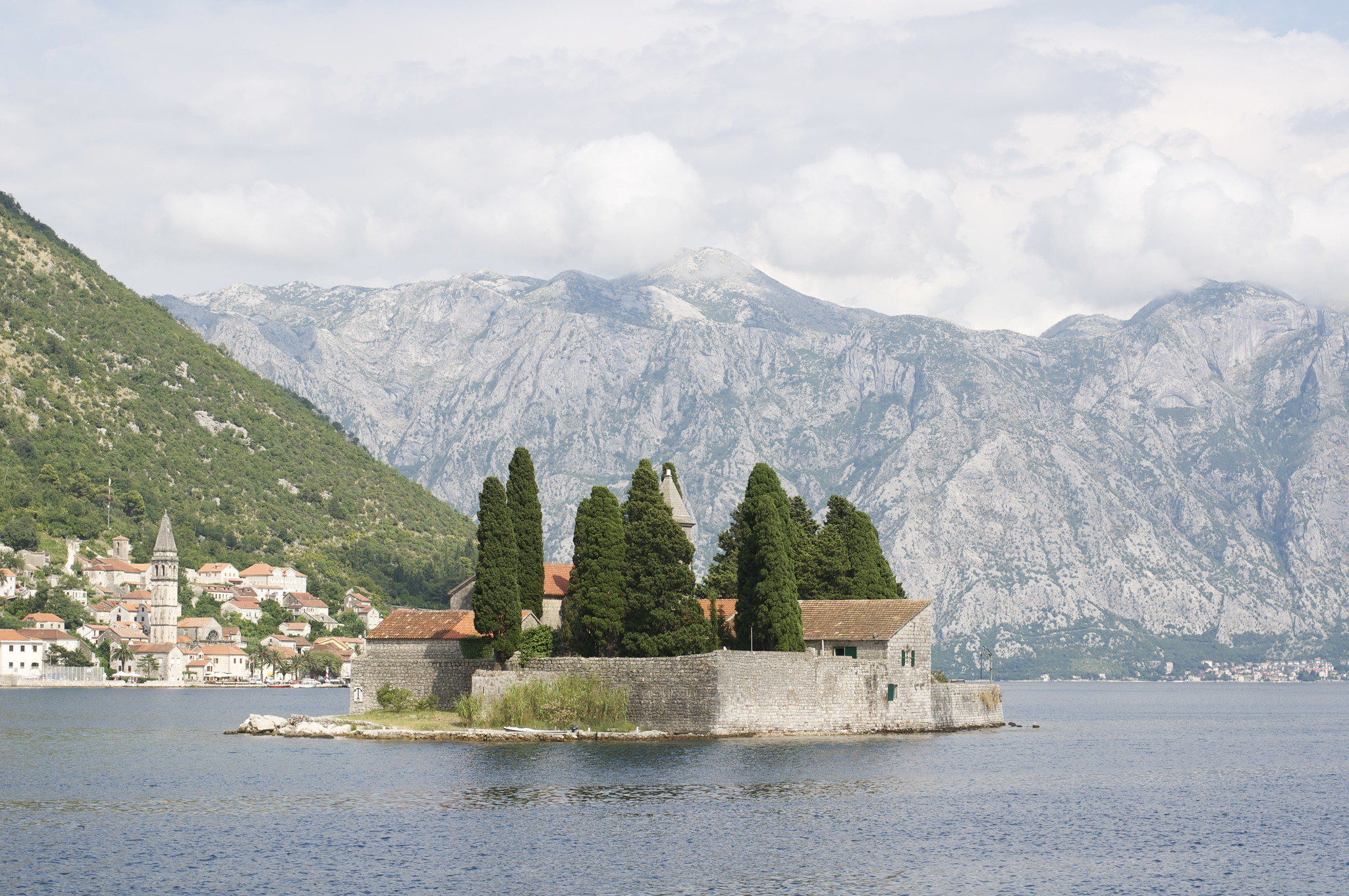 Jobs and Salary in Montenegro What is the Average Salary in Montenegro