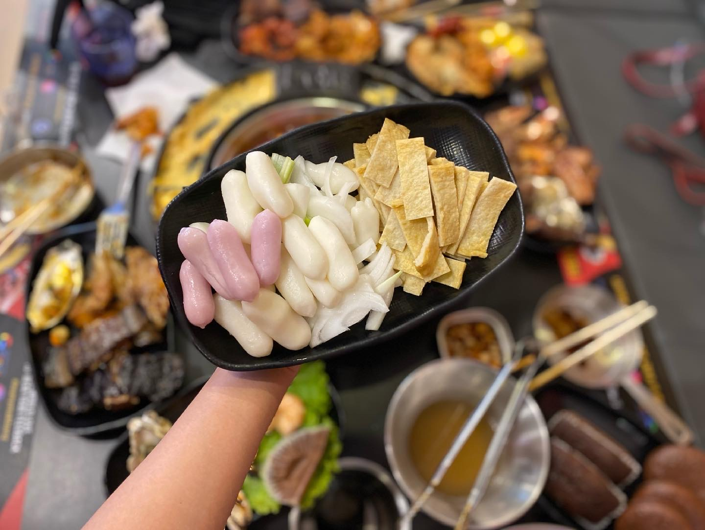 Have Unlimited Korean Food at MANY Unlimited Topokki!